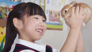 Growing up with pets helps children develop important life skills